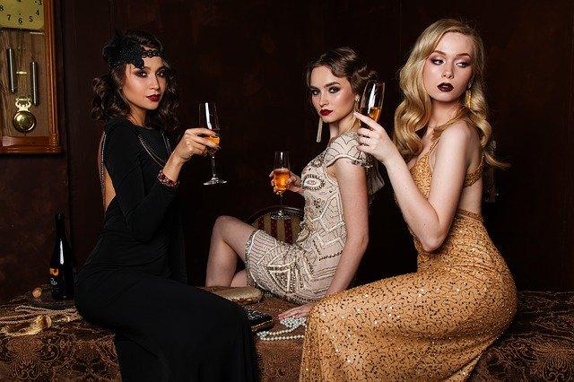 trzy bogate seks sponsorki